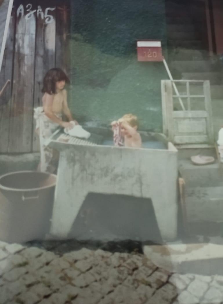 Fatima Bonhage - So wurde im Heimatdorf Wäsche gewaschen.